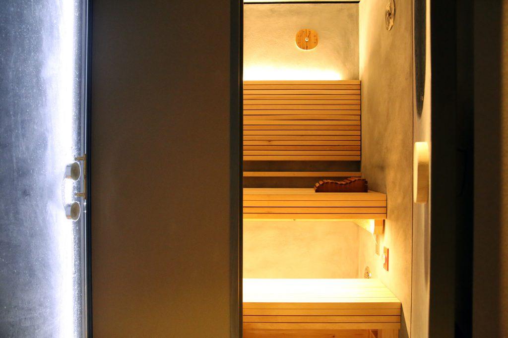 ソロサウナtuneの国産材木材